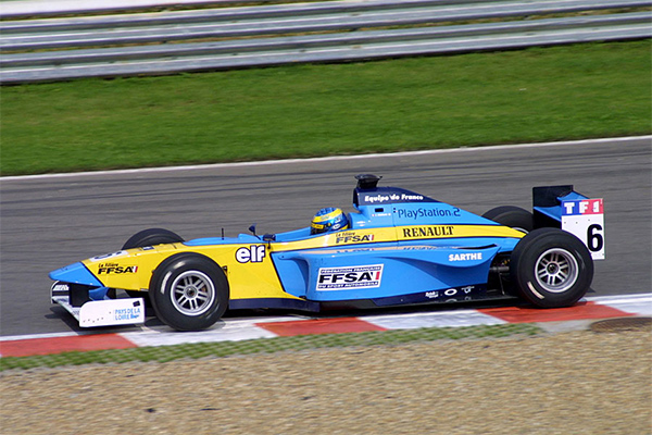 Sebastien piloting his Lola-Zytek Formula Renault around the Spa-Francorchamps circuit